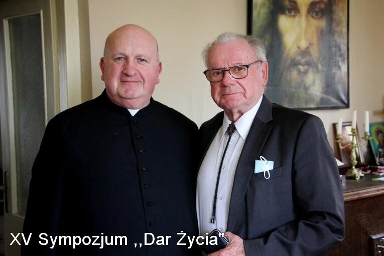 """XV Sympozjum """"Dar Życia"""" -relacja, materiały"""